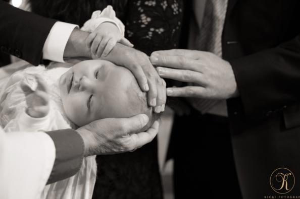 _dsc1742l_kicki_fotograf_dop_nikon_christening